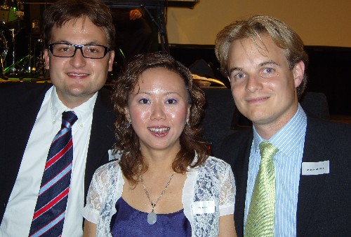 European Researcher of the Year, Qi Zhou Moss (centre) with Wolfgang Brunnauer and Jelle van der Kluit